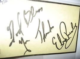 Original Elvis signature on note pad