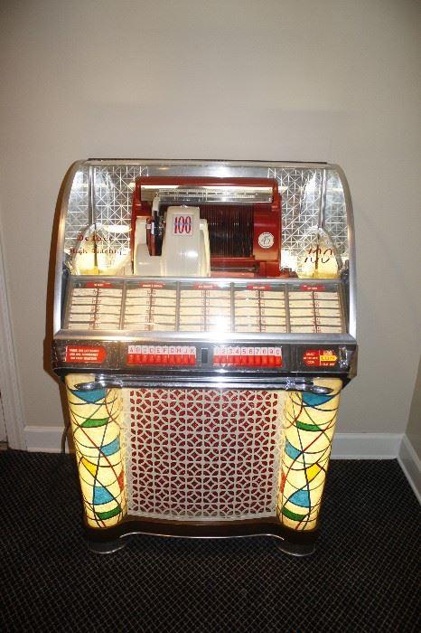 Seeburg Jukebox - Works Perfectly