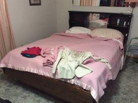 Full size bed - headboard, footboard, rails, mattress, box springs & linens