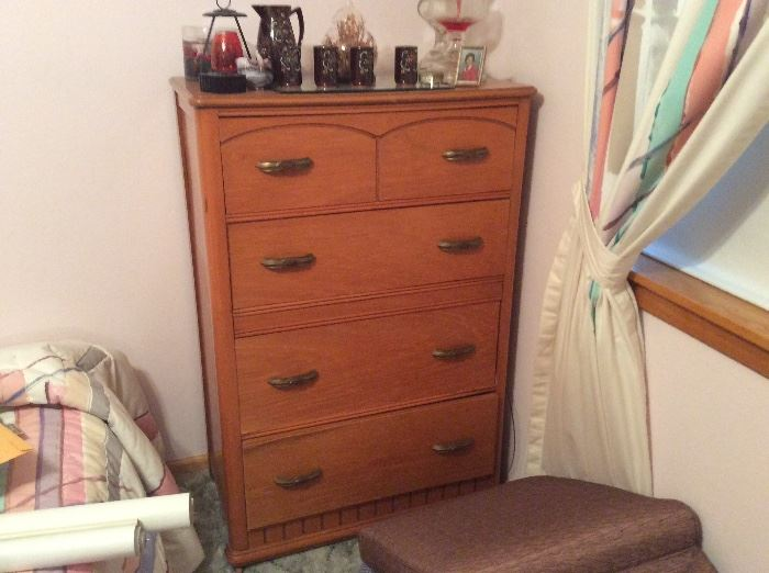 Great old chest in very good condition