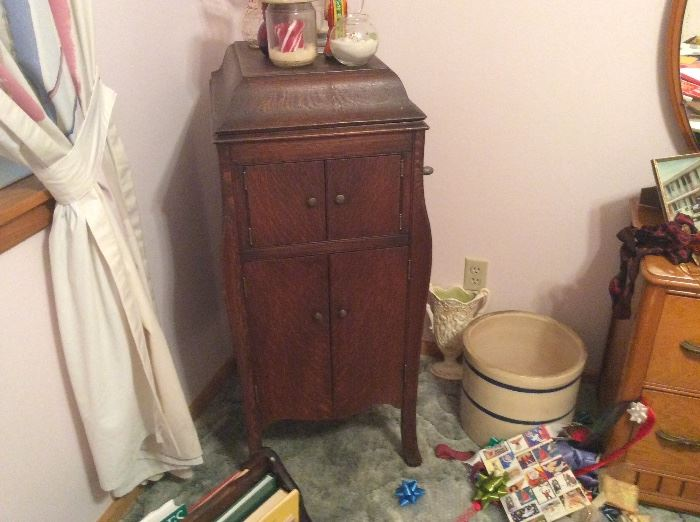 Another picture of old victoria cabinet- Lagle Crock