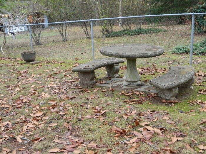 Concrete table and benches - for sale but YOU must move it !!!