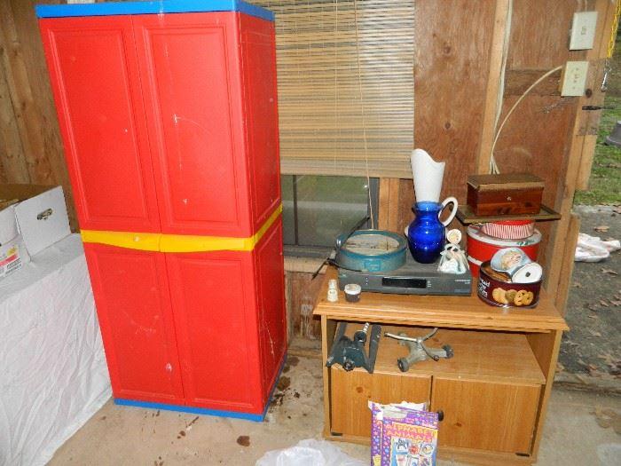 sprinkler heads, storage unit, tins, etc.