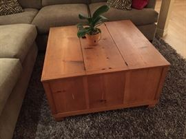 Coffee table with storage - both sides from top open