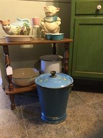 Vintage enamelware, Shawnee pig cookie jar