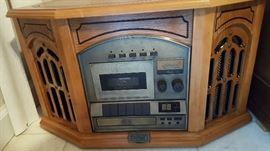 Reproduction radio phonograph