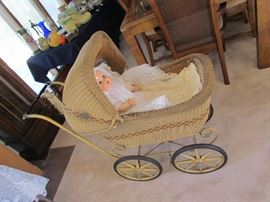WONDERFUL VINTAGE NATURAL WICKER WOVEN DESIGN BABY BUGGY