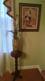 Nice fern stand and one of the many pictures.  Several flower arrangements scattered throughout the house.