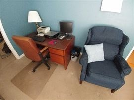 Wooden office desk & office chair