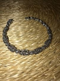 14K SOLID WHITE GOLD & DIAMONDS BRACELET