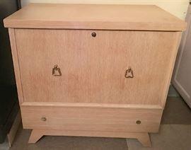 Mid-century modern Lane cedar chest in great condition