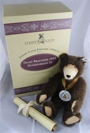 steiff club bear