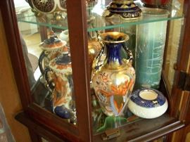 ARTIST SIGNED ART CERAMICS SHELLEY, FOLEY AND    OTHERS TO BE SHOWEN AND IDENTIFIED.