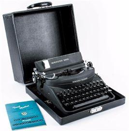 Lot 118 - 1947 Remington Rand Model 7 Portable Typewriter