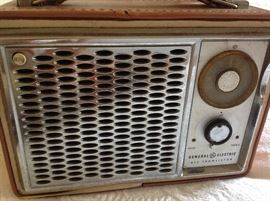 General Electric AM radio working!