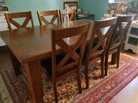 Nice Mission style dining room table and chairs