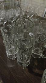 Mugs an pitchers for party entertaining