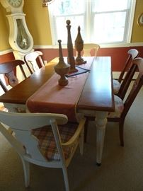 "Ethan Allen Dining Table with 8 Chairs - 66""L X 40""W with 2 leaves 20"" Each"