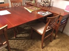 Awesome expanding dining table/hutch