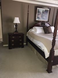 STANLEY BEDROOM SET- FOUR POST KING SIZE BED, 2 NIGHTSTANDS, DRESSER WITH MIRROR-MATTRESS NOT INCLUDED
