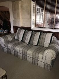 SYMMETRICAL STRIPED SOFA COUCH