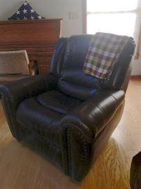 Nailhead leather recliner
