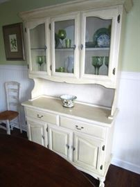 Beautiful French style buffet with hutch, claw feet