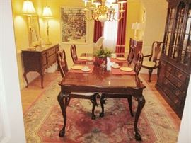 Complete Drexel dining room, components priced separately