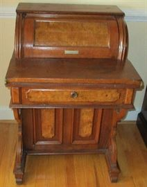 Small antique roll top desk with secret drawers on the right side