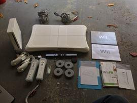 Nintendo Wii, console & accessories