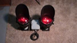 Authentic RR Crossing lights. Mounted for easy hanging on a wall. Yes, they work!