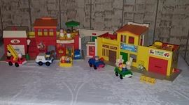 Fisher Price Town - Complete Set