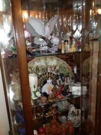 Gone with the wind etc collectibles in display case