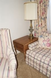 Nice drop leaf side tables, we have a matching pair.  And great heavy brass lamps.