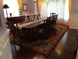 Thomasville Dining Table & Chairs