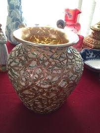 Large unusual Durand art glass vase