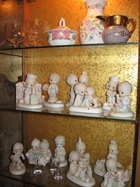 Lots of Precious Moments figurines