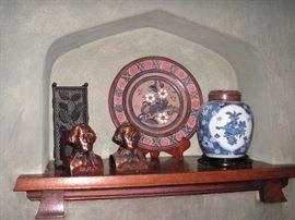 Ginger jar with wood lid; WA banks