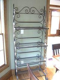 Baker's rack.