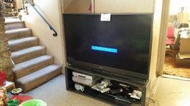 """Mitsubishi 65"""" TV"""
