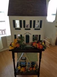 doll houses and furniture