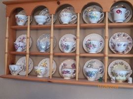 CUPS & SAUCER SETS