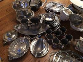 Aluminum pieces including Arthur Court, Michael Aram and Nambe