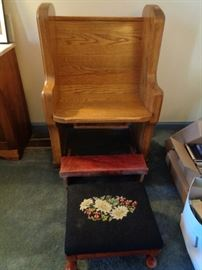 Single Pew with Kneeler, (No foot stool)
