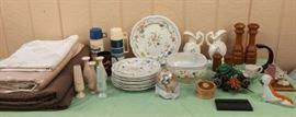 FSV001 Ceramic Dishes, Wood Salt & Pepper Shakers & Fabric Remnants