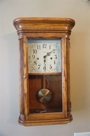 D.A. Pendulum 2 key hole clock