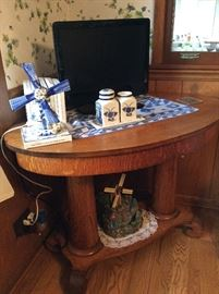 Windmills, TV and antique oak parlor table