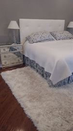Tufted padded headboard  Queen  Mirrored                 and  side tables 3 drawers