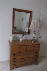 long dresser mirror lamp