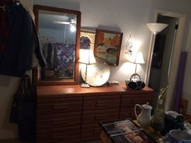 #18 Palliser oak dresser w mirror 70x18x30 $125 — at Chaney Thompson Dr Hsv 35803 call 256-425-283zero.